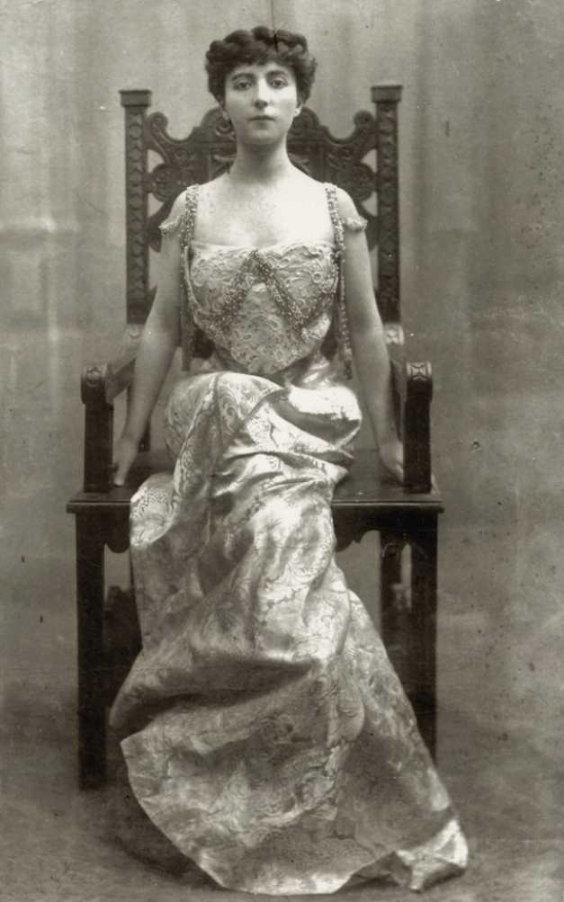 Romanian aristocratic women - Hélène Chrissoveloni